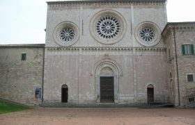 Chiesa_San_Pietro_Assisi_Esterno