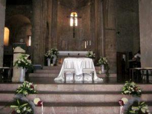 Chiesa_San_Pietro_Assisi_interno