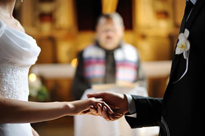 Sposi_in_Chiesa_matrimonio