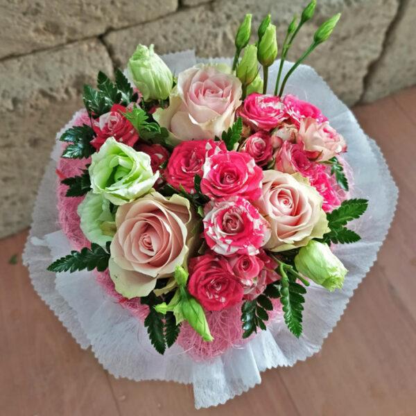 Fiori Rosa Con Confezione Rosa